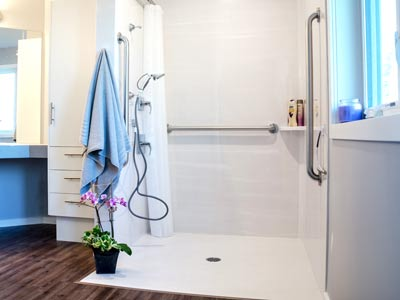 Barrier free shower stall